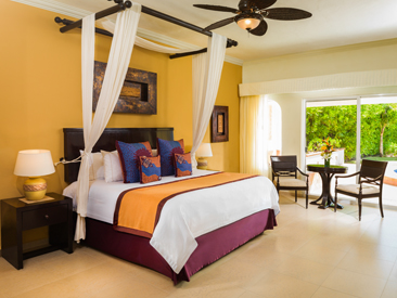 Popular All-inclusive hotel El Dorado Royale Riviera Maya