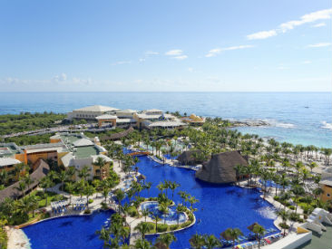 adults only  all inclusive resort Le Blanc Spa Resort