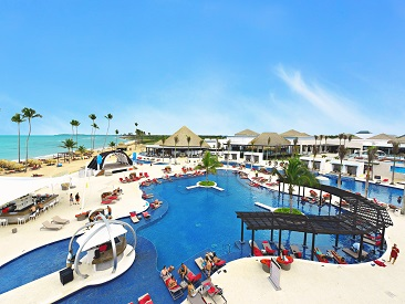 adults only  all inclusive resort Catalonia Royal Tulum