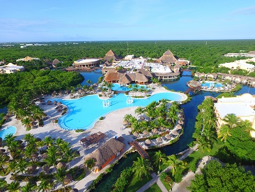 adults only  all inclusive resort Hyatt Zilara Cancun