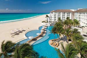 adults only  all inclusive resort Platinum Yucatan Princess All Suites Resort & Spa