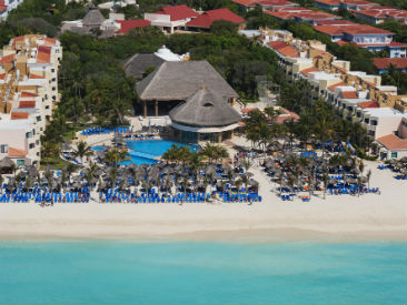 all inclusive  all inclusive resort Occidental Tucancun